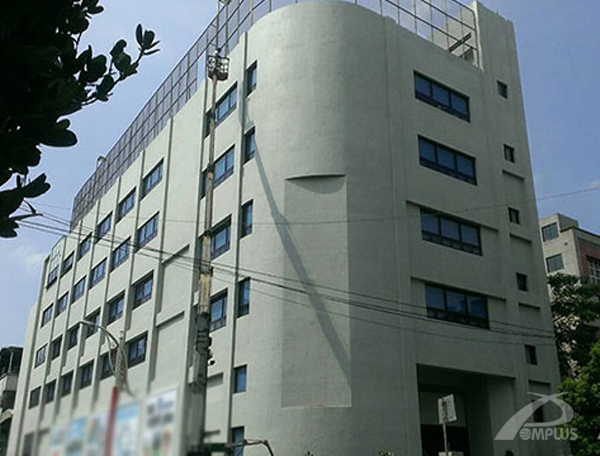 仁大資訊大樓-外牆改造後-Wallplus外牆更新專科工法
