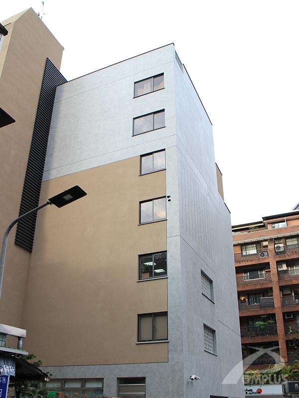建築經過拉皮後煥然一新,不僅提升安全性,美觀程度也大幅提升