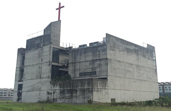 高雄基督教會-外牆改造前-Wallplus外牆更新專科工法